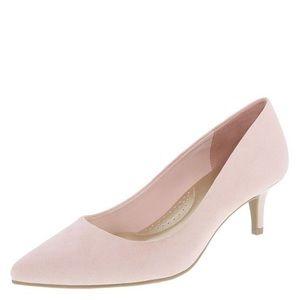 Dexflex Women Jeanne Pointed-Toe Pump Pink 8 Wide